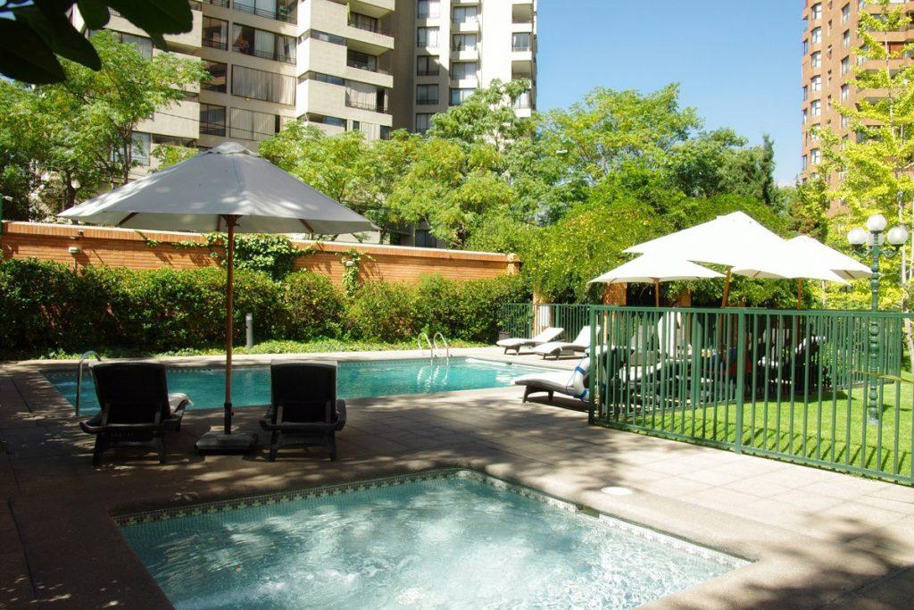 piscine appartement à louer las condes